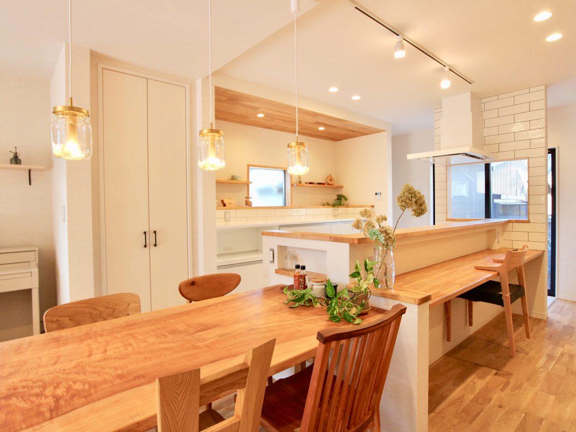 対面キッチンは複数人でも使用可能です。